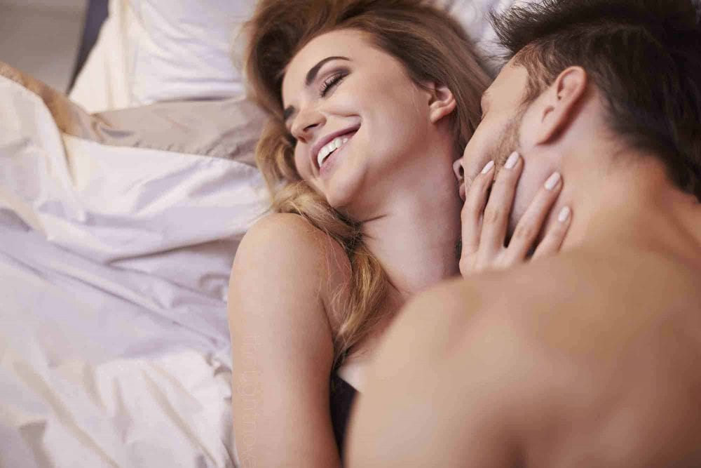 10 Relationship Goals That Actually Matter