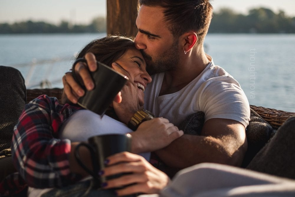 7 Reasons Kissing Your Partner's Forehead Shows True Intimacy