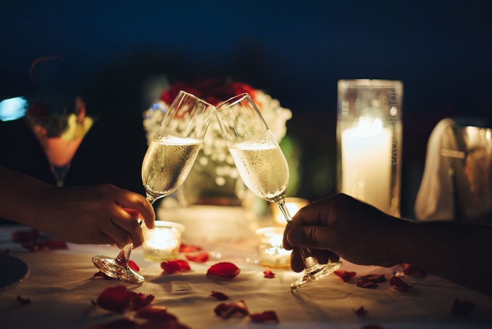 8 Old But Gold Tips From The Past To Make Your Date Much More Special And Romantic