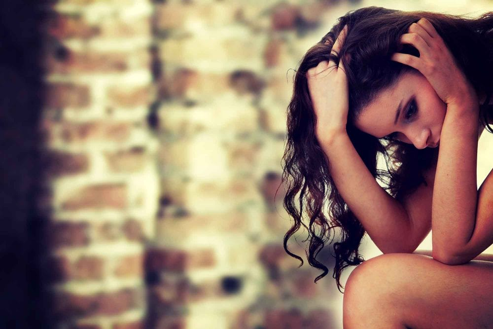 Common Things A Woman Does When She's Been Hurt Too Many Times