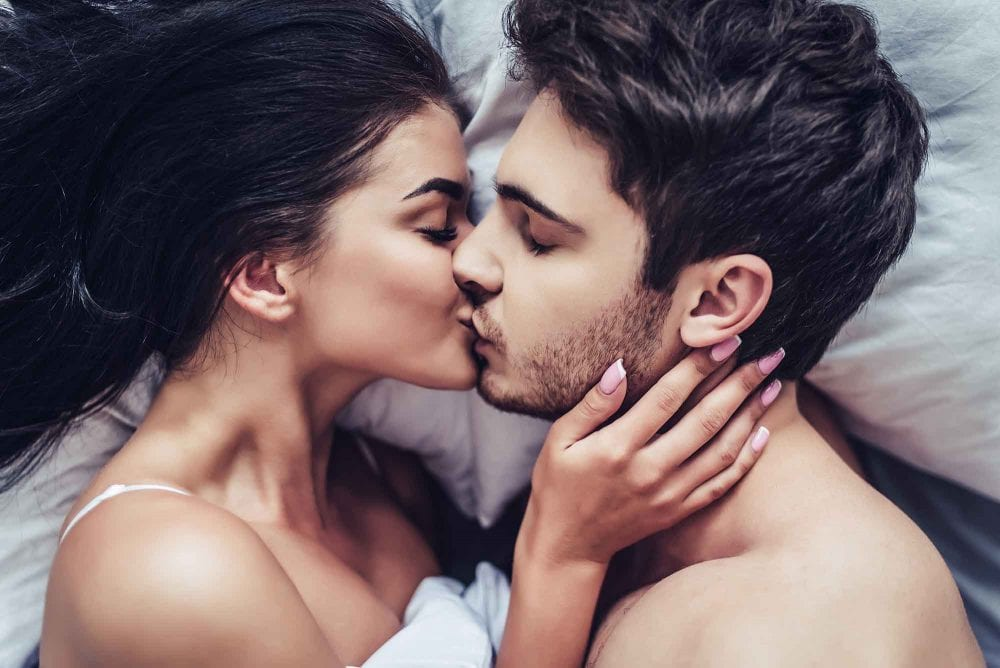Men Settle In Sex, But Women Settle In Relationships