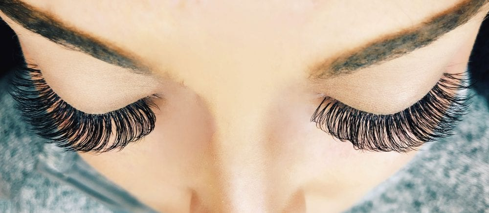 New To Eyelash Extensions? Here's What You Need To Know