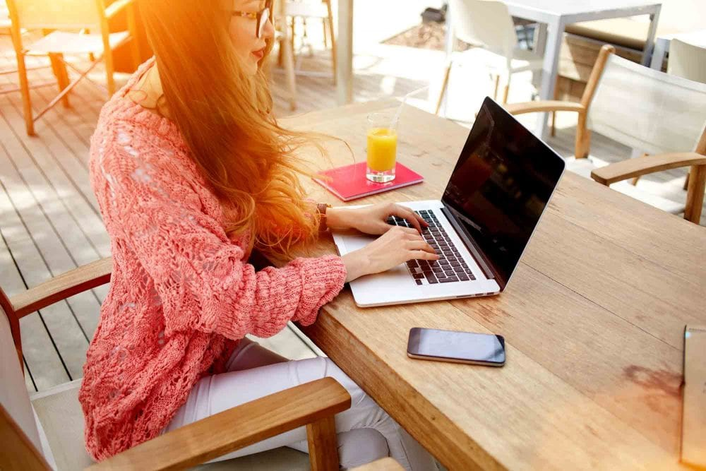 Tips For Better Vibes In Your Home & Workplace