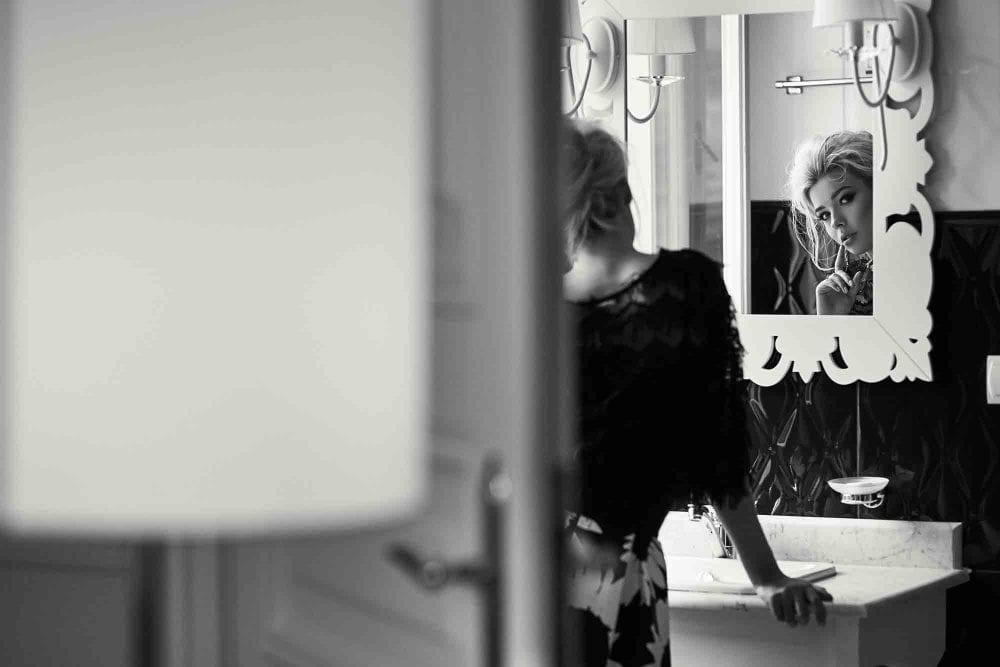 10 Foolproof Ways To Become More Attractive, Ladies