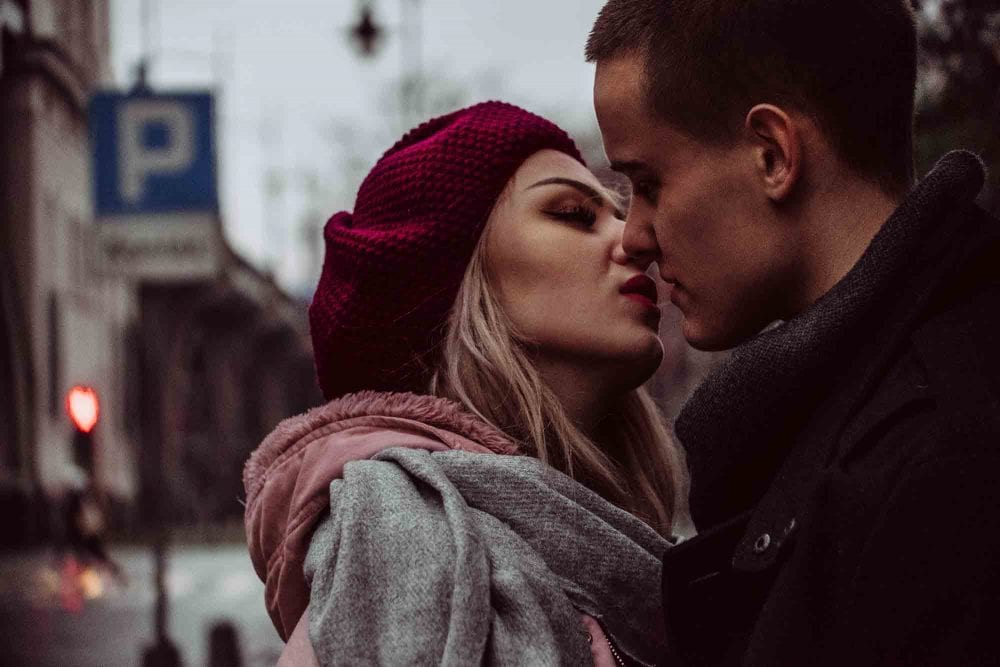 Does She Like Me? 17 Signs She's Head Over Heels For You