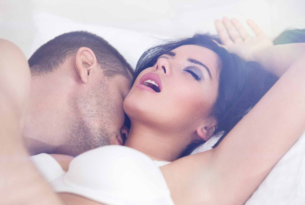 4 Ways People Cheat In Relationships Without Getting Physical