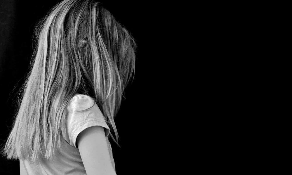 Here's How Childhood Trauma Makes You Dissociate