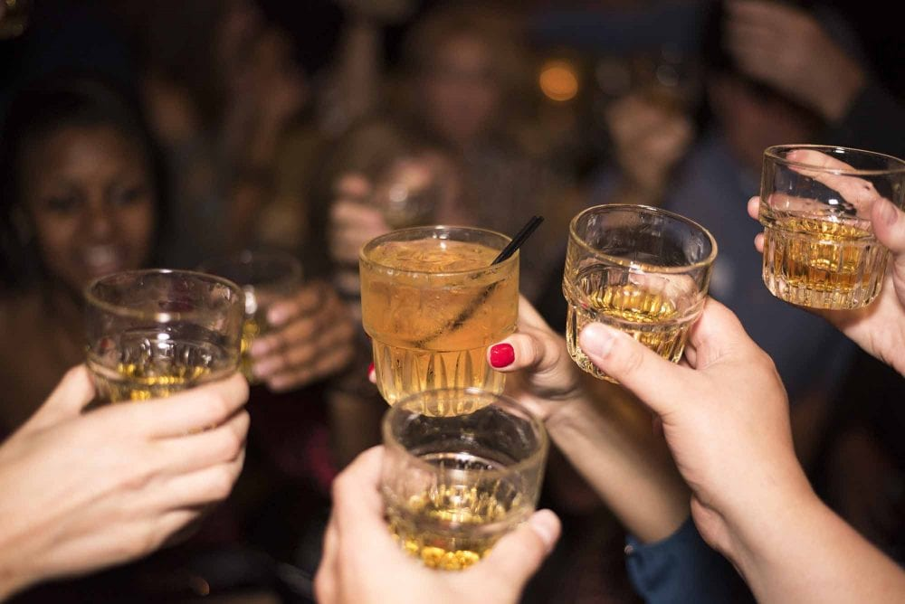 you can relieve cold symptoms by drinking whiskey, doctors claim