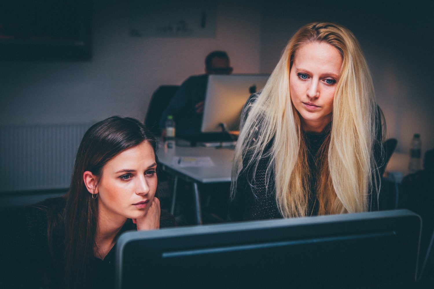 Warmer Offices Are More Productive For Women