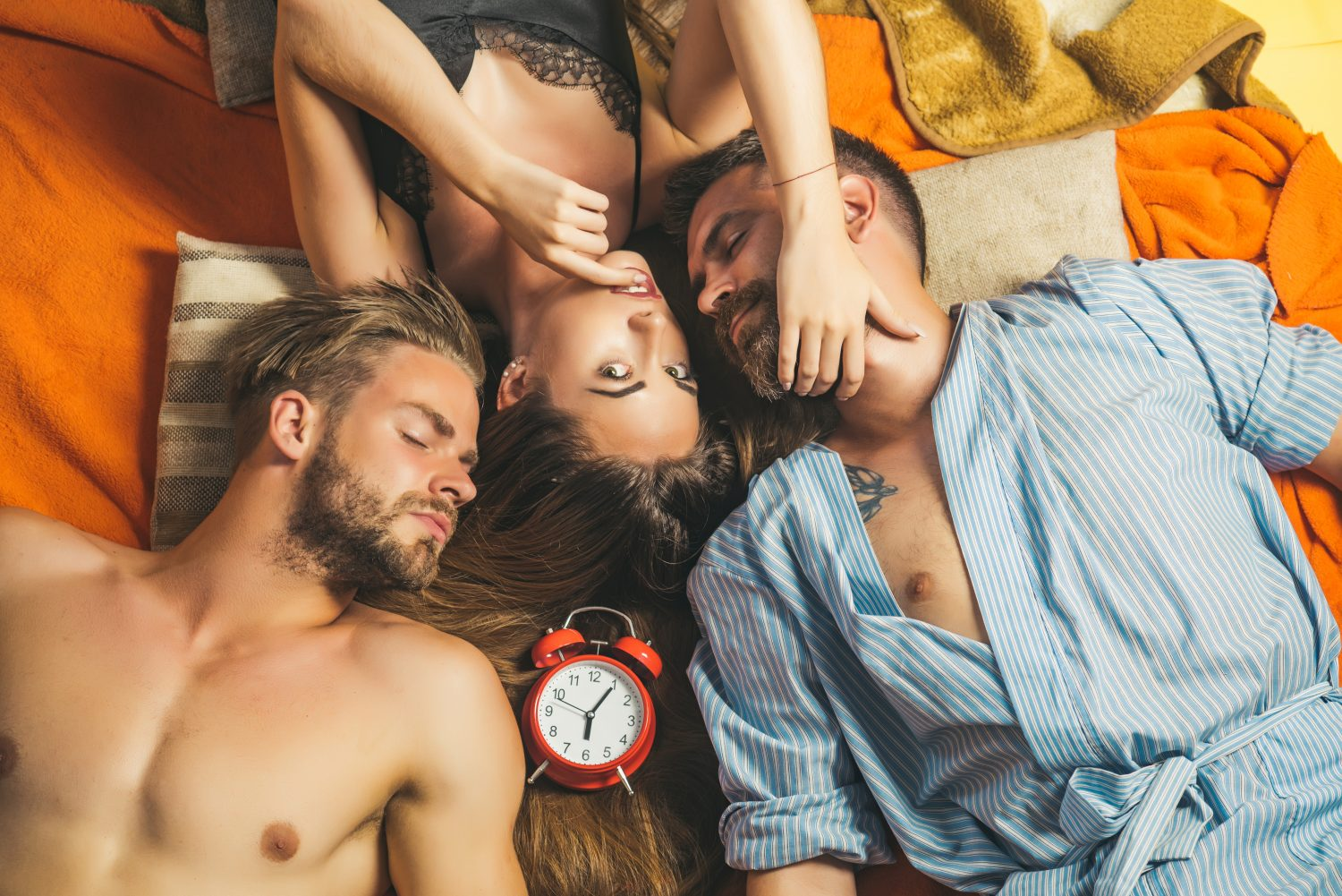 Throuple Relationships: 25 Tips For A Awesome Threesome Romance