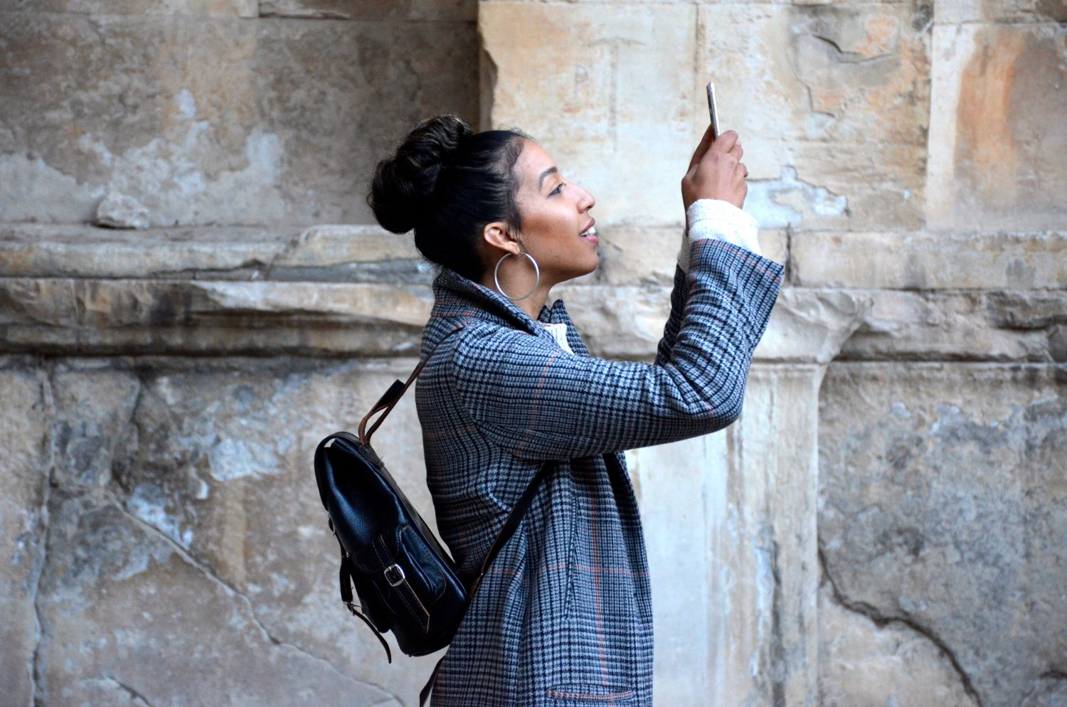 frequent selfie-posting linked to grandiose narcissism
