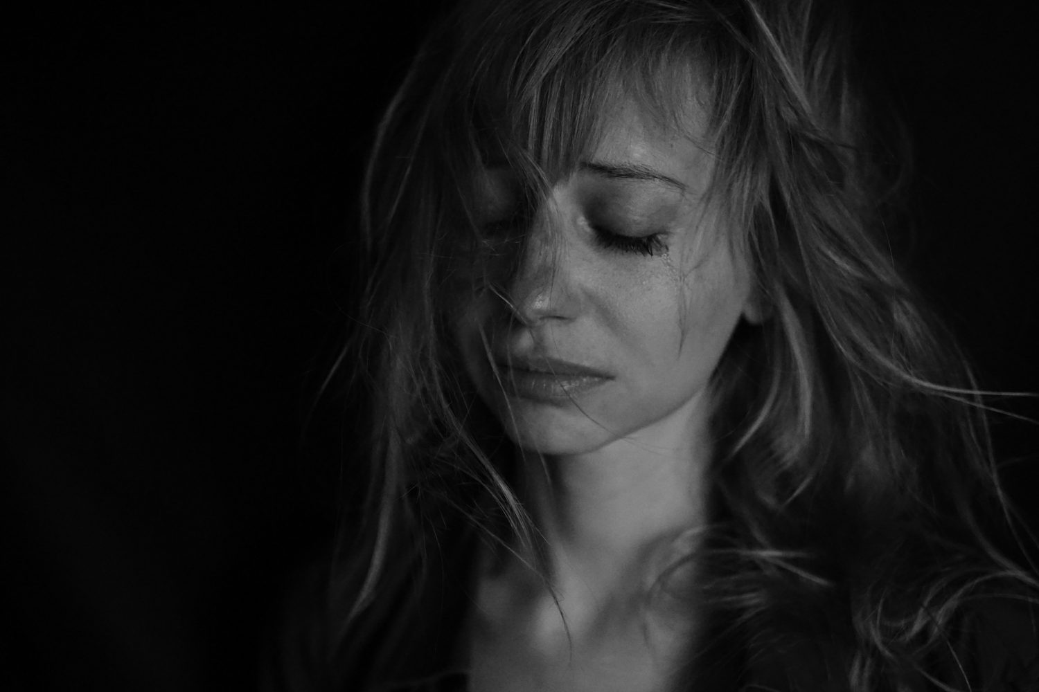 5 Reasons Why Crying Actually Does Make You Stronger