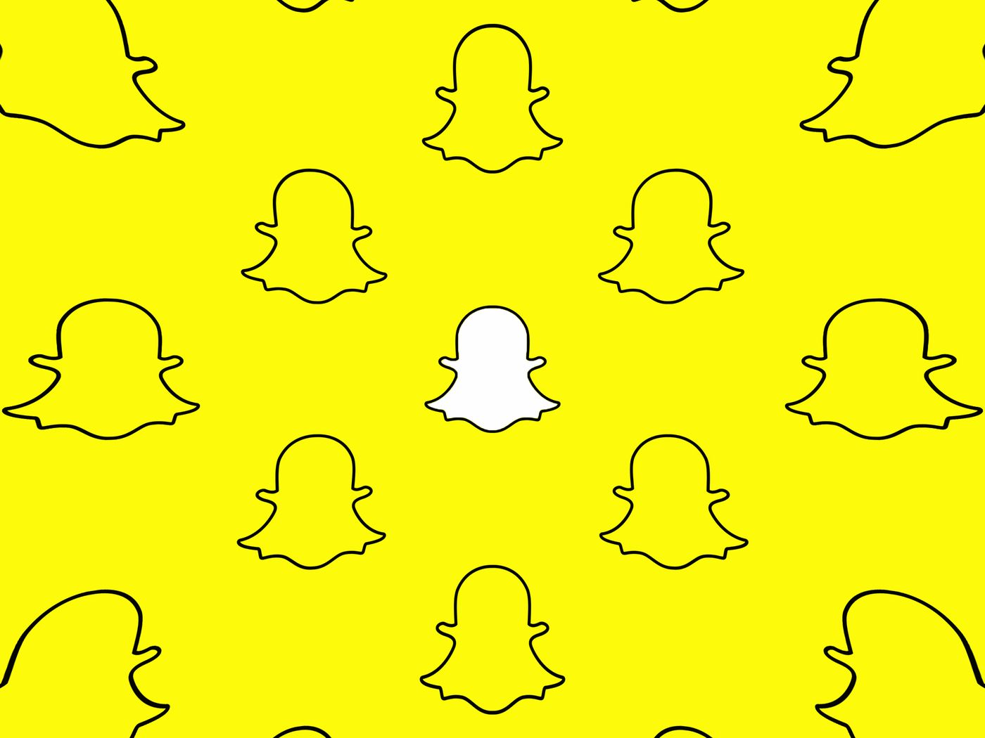 15 ways to get someone's attention on snapchat