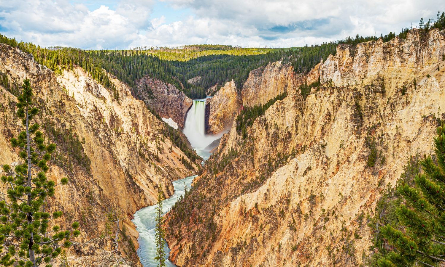 Yellowstone Park Travel Amid Covid-19