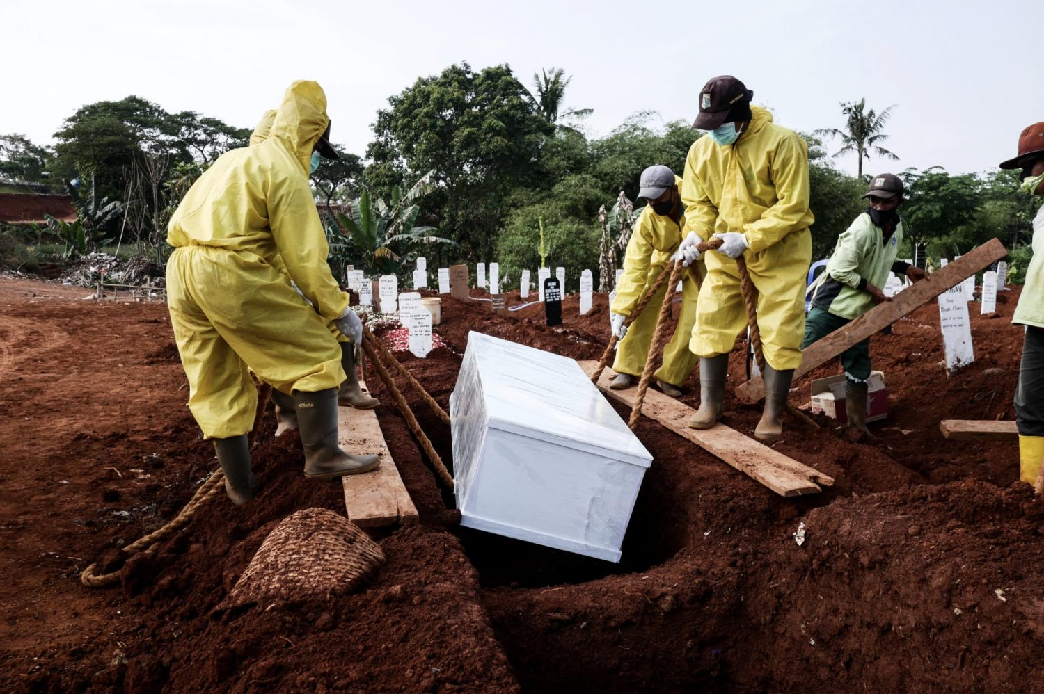 Local Authorities Order Anti-Maskers To Dig Graves For COVID-19 Victims In Java, Indonesia