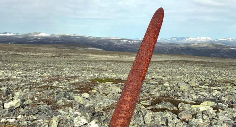 1,200-year-old viking sword discovered on norwegian mountain