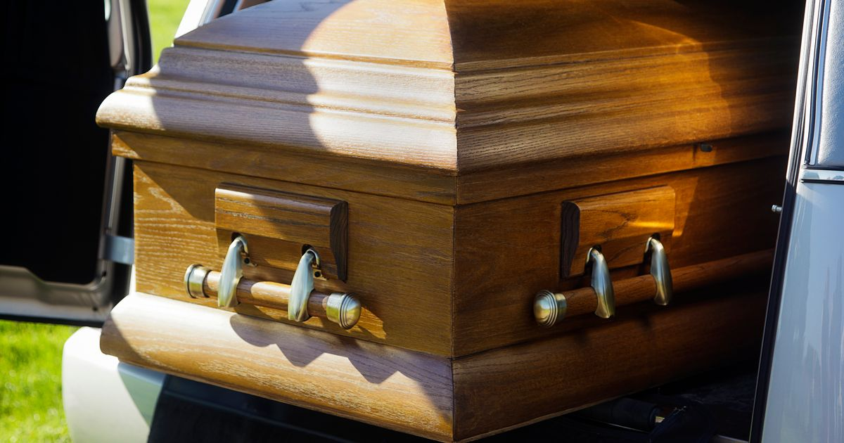 man orders strippers for own funeral as they give coffin lapdance near horrified grieving relatives
