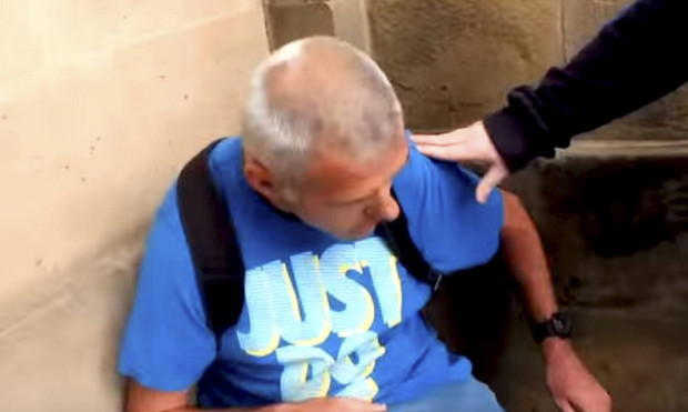pedophile faints after being busted by dark justice trying to meet a 14-year-old girl (video)