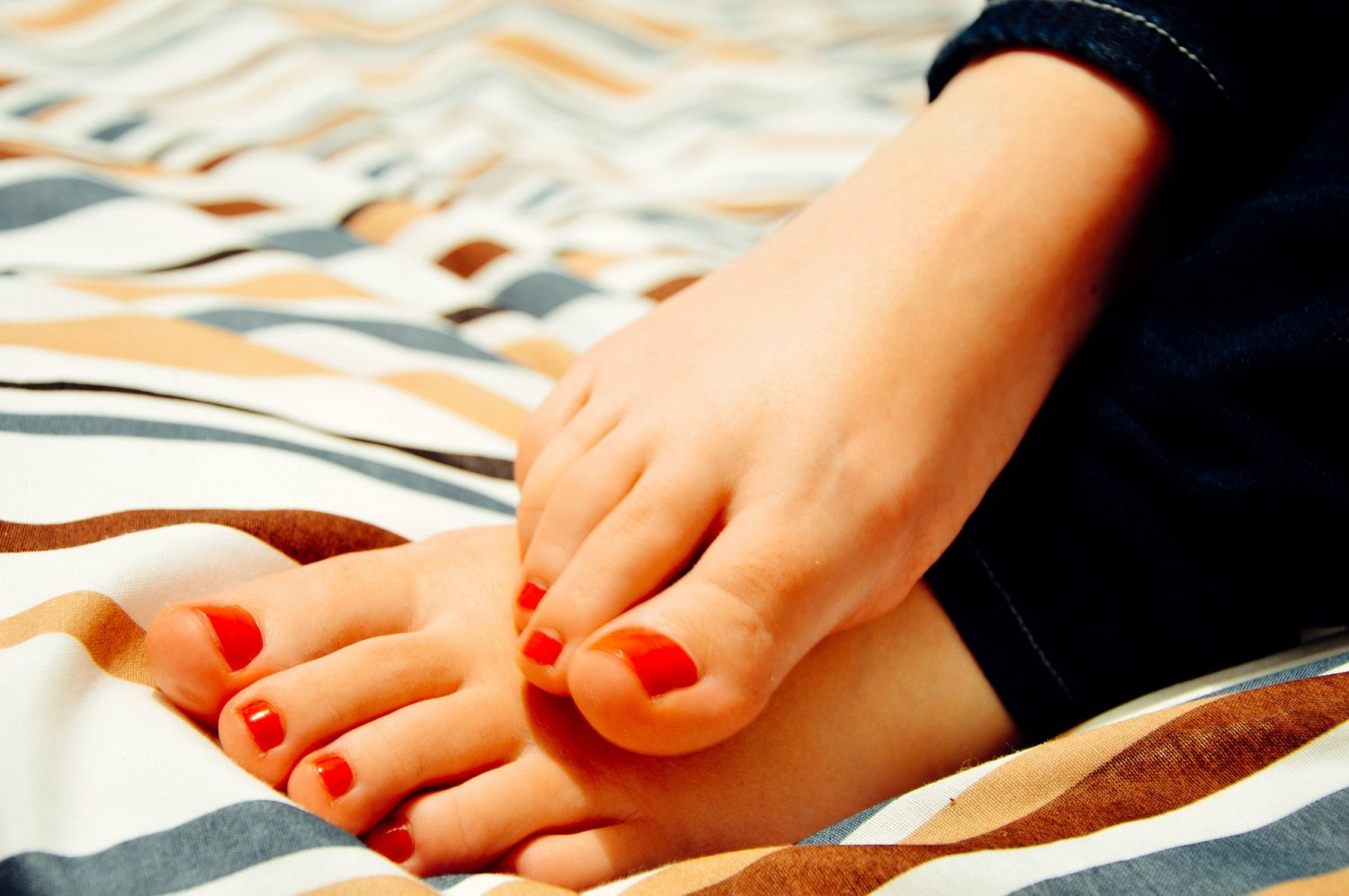 what to do if your toenails are falling off