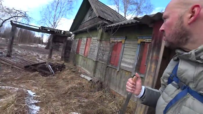 guy explores the real chernobyl exclusion zone, discovers a 93 y.o. grandma and her son living there