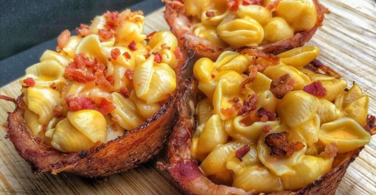 smoked mac and cheese bacon cups
