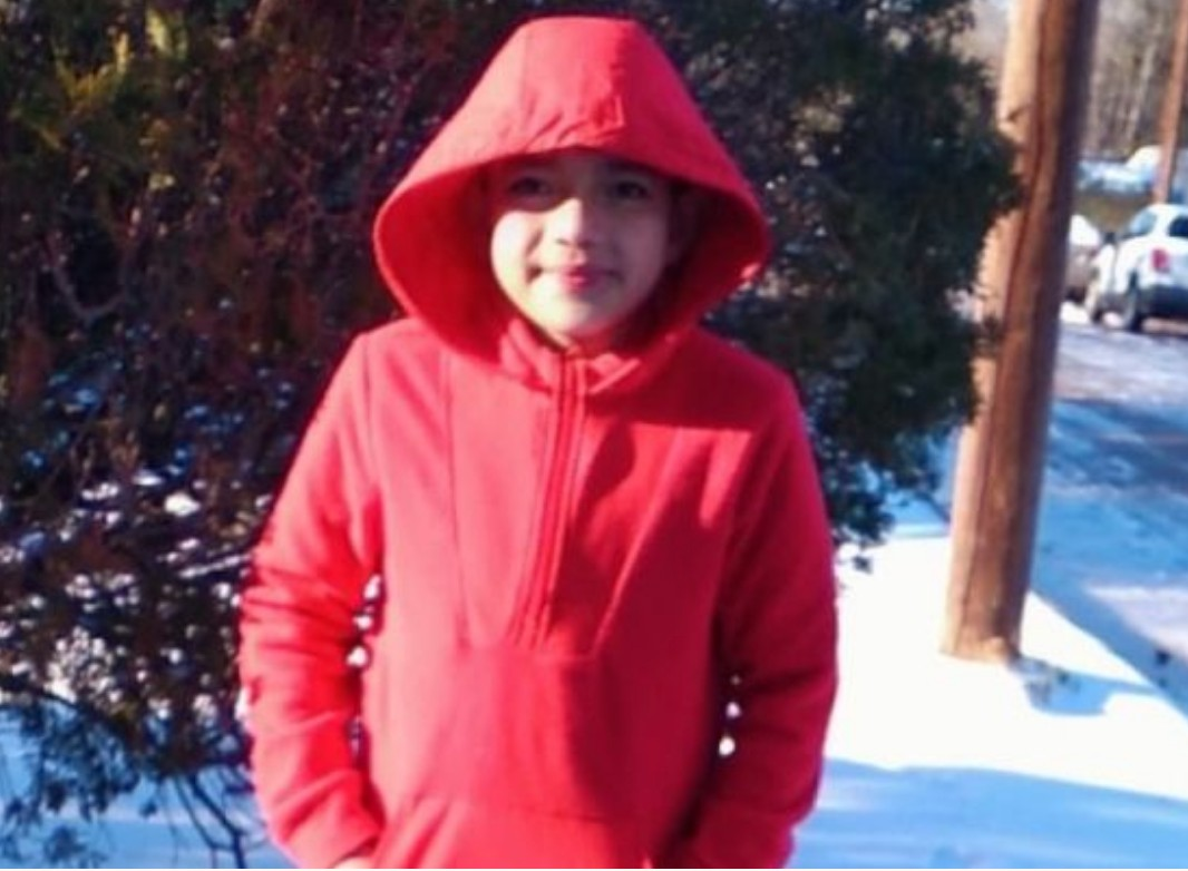 texas boy dies in unheated home amid cold snap, power outages – hours after he plays in the snow for the first time [video]