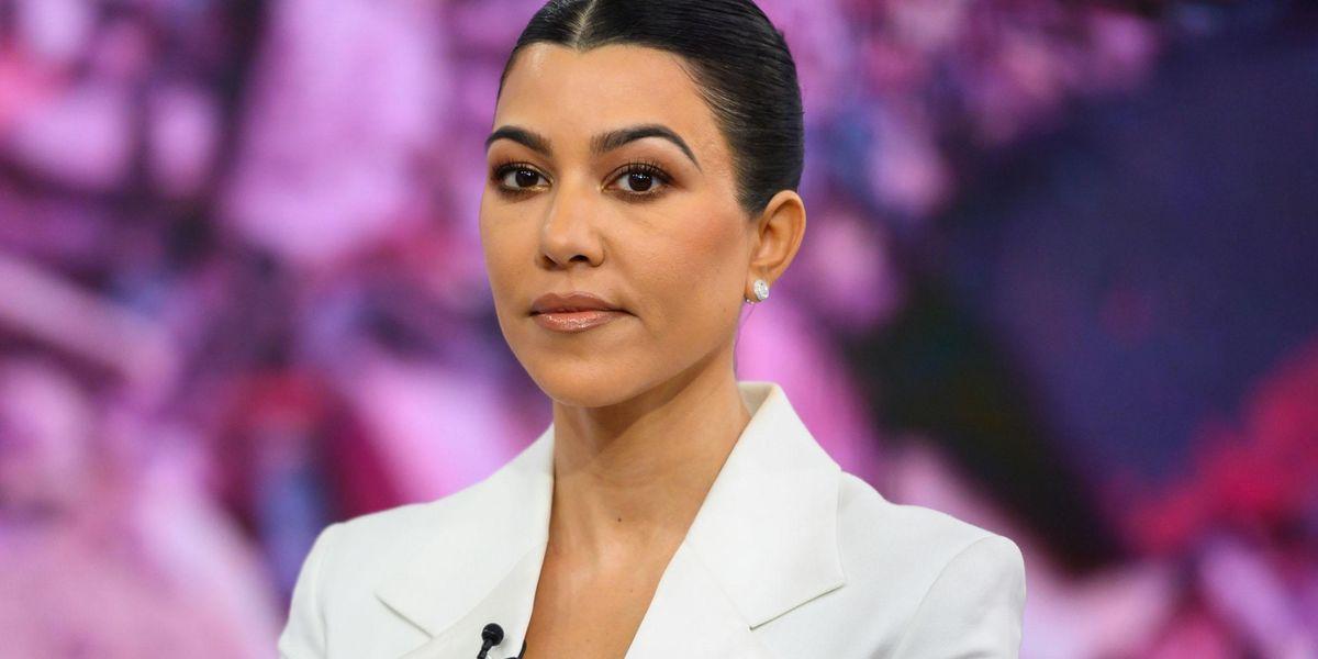 social media mocks kourtney kardashian's july 4th bikini