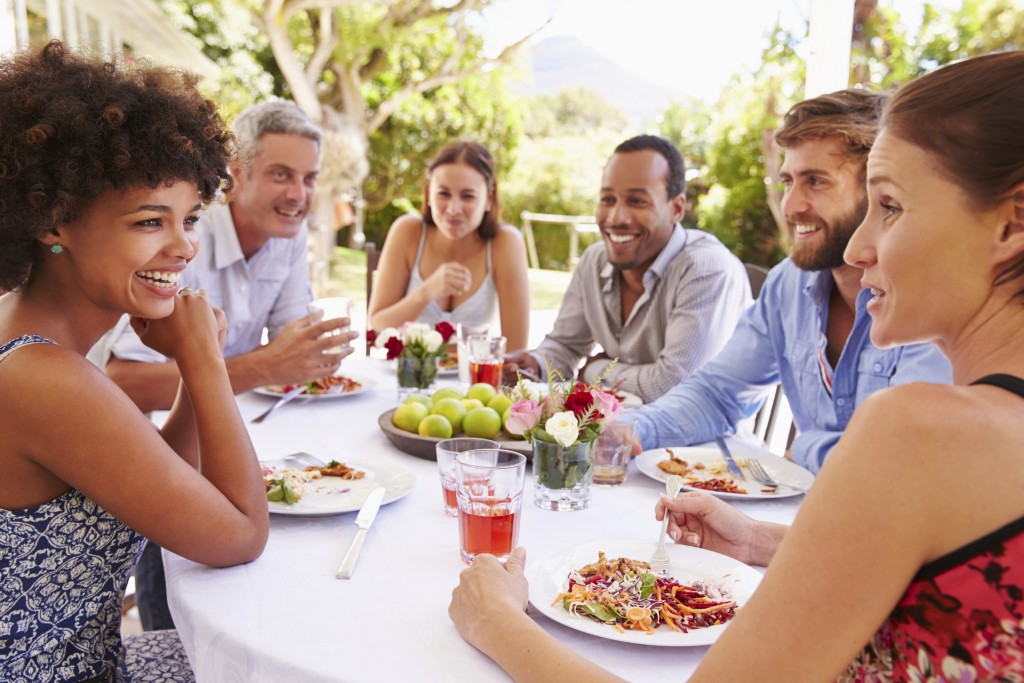 7 tips to throw a wonderful going away party
