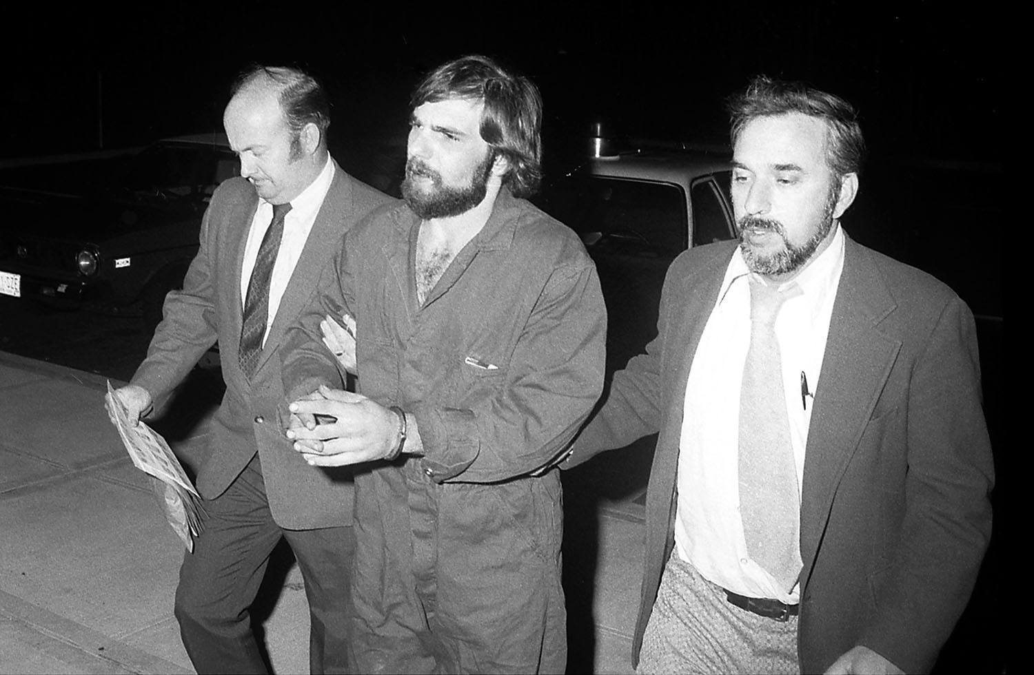 The Horrific Truth Behind The Amityville Murders And Ronald Defeo Jr.