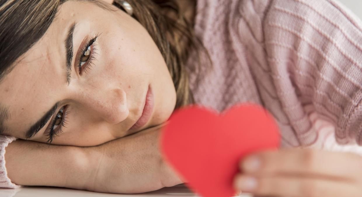 How To Stop Missing Someone: Coping Techniques For Different Life Situations